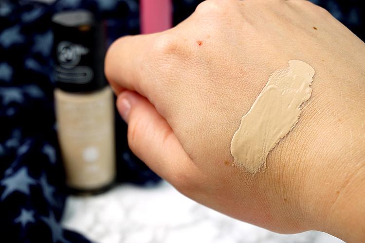 Revlon Erfahrungen Makeup Eindrücke Colorstay Foundation 150 Buff