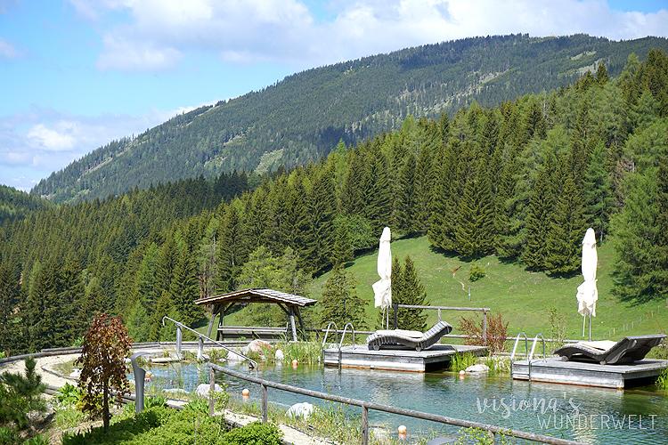 Babymoon Zweisamkeit genießen Almwellness Hotel Pierer Naturbadeteich