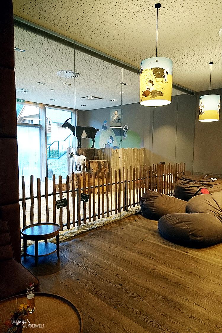 Kinder und Babyhotel Dachsteinkönig Indoor Ziegen