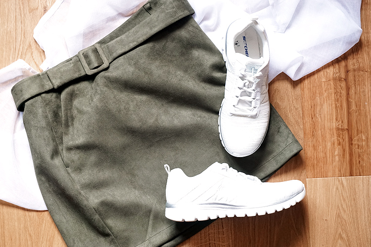 Fruehling Capsule Wardrobe 2019 Trend Sneakers
