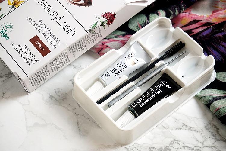 Sommer Beauty Helfer für den perfekten Sommerlook BeautyLash Augenbrauenfarbe