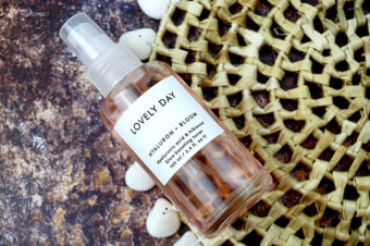 Lovely Day Hyaluron Bloom Glow Boosting Toner – Gesichtswasser mit grandiosem Hautpflege-Bonus