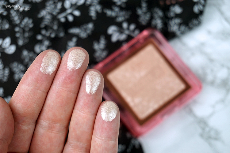 nabla cosmetics skin glazing ozon highlighterm swatch